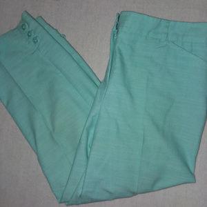 Counterparts Women's Light Green Capris Size 12